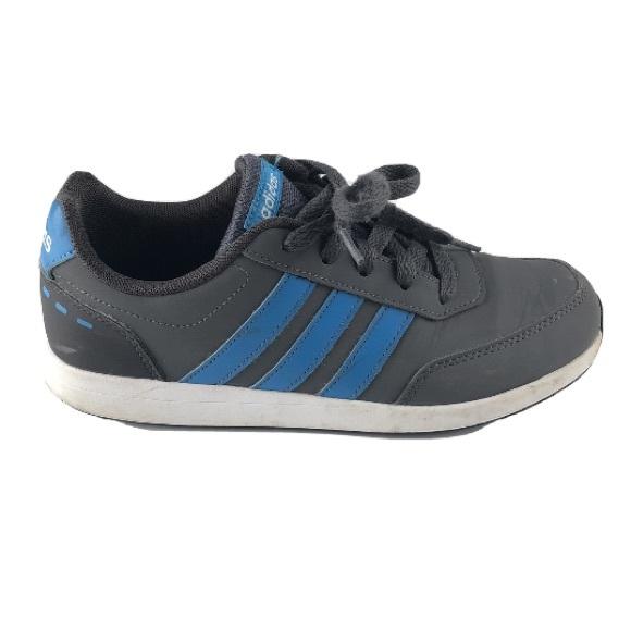 EUC Adidas Switch Nubuck boys trainer shoes size 5